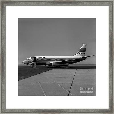 N462gb, Boeing 737-293, Long Beach, California, Lgb Framed Print by Wernher Krutein