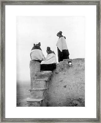 Native Americans, Three Hopi Women Framed Print by Everett