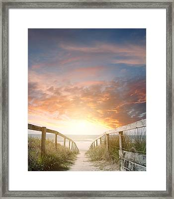 New Day Rising Framed Print by Les Cunliffe