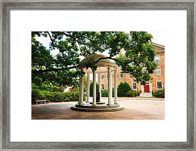North Carolina A Student's View Of The Old Well And South Building Framed Print by Replay Photos
