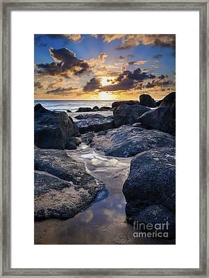 North Shore Sunset Framed Print by Inge Johnsson