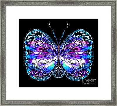 Novus Wrinklegust Framed Print by Raymel Garcia