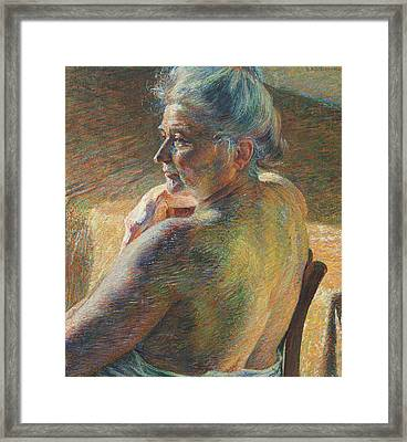 Nude From Behind Framed Print by Umberto Boccioni