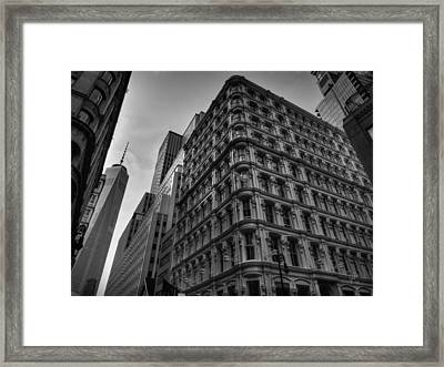 Nyc - Lower Manhattan 002 Bw Framed Print by Lance Vaughn