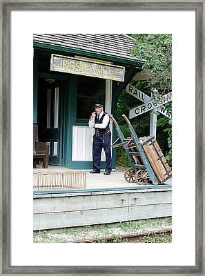 Oh Mister Porter Framed Print by Ian Youseman