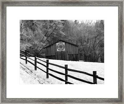 Old Barn In Kentucky Framed Print by Dan Sproul
