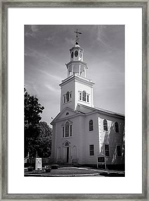 Old First Church Of Bennington - Bw Framed Print by Stephen Stookey