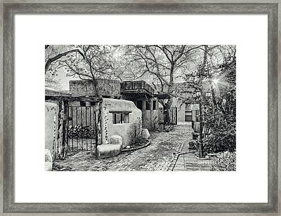 Old Town Albuquerque Secret Passageway In Black And White - Albuquerque New Mexico Framed Print by Silvio Ligutti