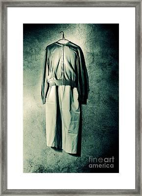 On The Wall Framed Print by Emilio Lovisa