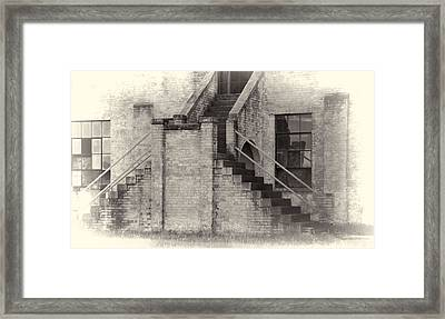 Owens Field Historic Curtiss-wright Hangar Framed Print by Steven Richardson