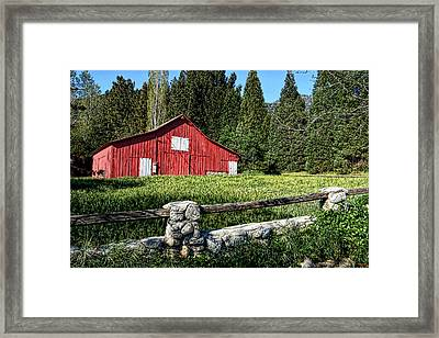 Painting A Bit Of Country Framed Print by Glenn McCarthy