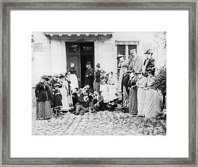 Patients Wait To See Dentist Framed Print by Underwood Archives