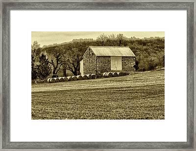 Pennsylvania Barn Framed Print by Bill Cannon