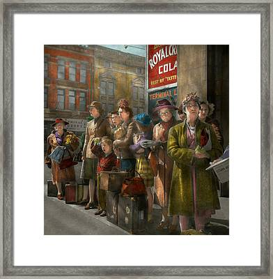 People - People Waiting For The Bus - 1943 Framed Print by Mike Savad