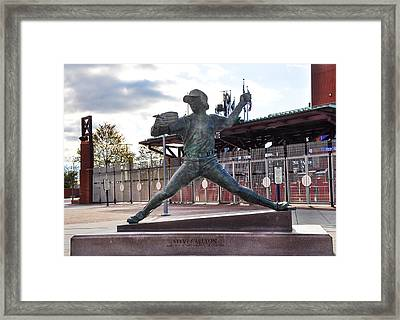 Phillies Hall Of Fame Pitcher Steve Carlton Framed Print by Bill Cannon
