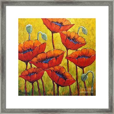 Poppies 01 Framed Print by Richard T Pranke