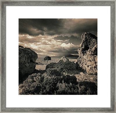 Pyramid Lake, Nevada, Usa Framed Print by Mel Curtis
