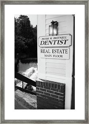Quechee, Vermont - Falls Storefront 2006 Bw Framed Print by Frank Romeo