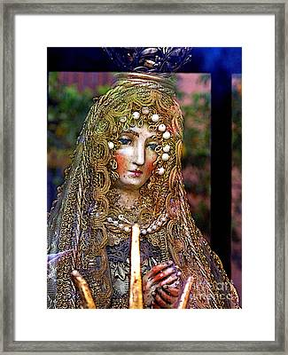 Queen Of Hearts Framed Print by Mexicolors Art Photography