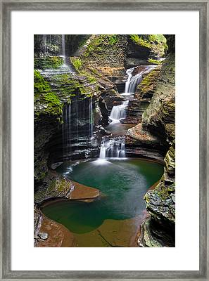 Rainbow Falls Framed Print by Guy Schmickle
