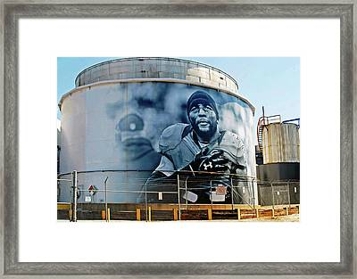 Raven Ray Lewis On Under Armour Title Tank Framed Print by Chet Dembeck