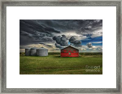 Red Under Grey Framed Print by Ian McGregor