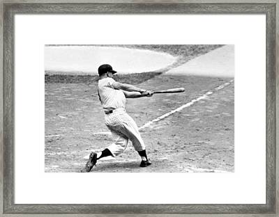 Roger Maris Ny Yankees Hits 61st Home Framed Print by Everett