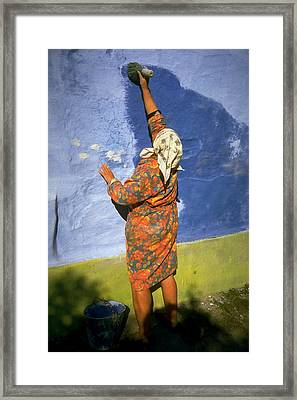 Russian Painter Framed Print by Jeremy Wolff