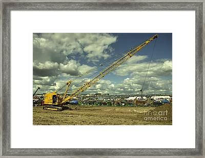 Ruston Dragline  Framed Print by Rob Hawkins