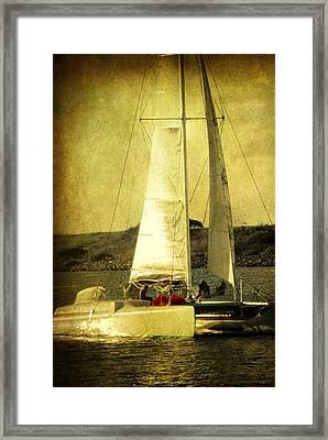 Sailing Away Framed Print by Susanne Van Hulst