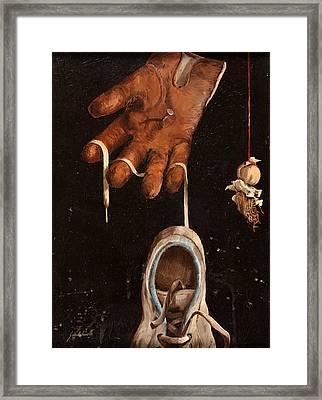 Scarpa Stringa Guanto Aglio Framed Print by Guido Borelli