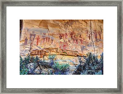 Sego Canyon Indian Petroglyphs And Pictographs Framed Print by Gary Whitton