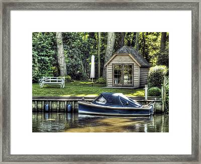 Settling Framed Print by Wim Lanclus