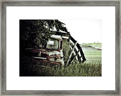 Side Stop Framed Print by Jerry Cordeiro