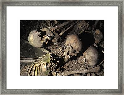 Skeletons Of Escaping People Found Framed Print by Richard Nowitz