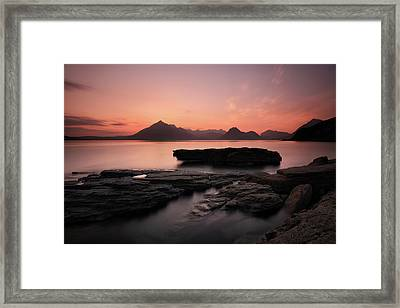 Skye Sunset Afterglow Framed Print by Grant Glendinning