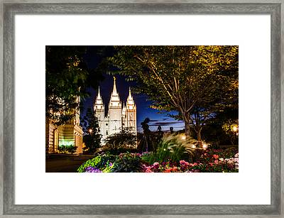 Slc Mother And Children Framed Print by La Rae  Roberts