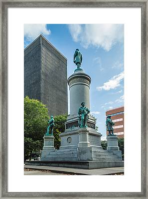 Soldiers And Sailors At Washington Square Park Framed Print by Ray Sheley