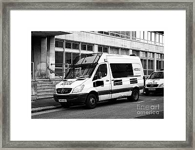 south wales police heddlu bilingual mercedes sprinter riot control support vehicle livery Cardiff Wa Framed Print by Joe Fox