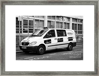 south wales police heddlu bilingual vehicle livery mercedes benz vito driver training response van C Framed Print by Joe Fox