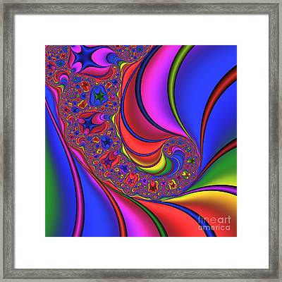 Spinning 182 Framed Print by Rolf Bertram