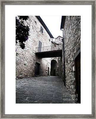 Stone Building In Radda Framed Print by Linda Ryan