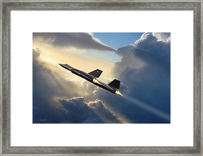 Sun Chaser Sr-71 Framed Print by Peter Chilelli