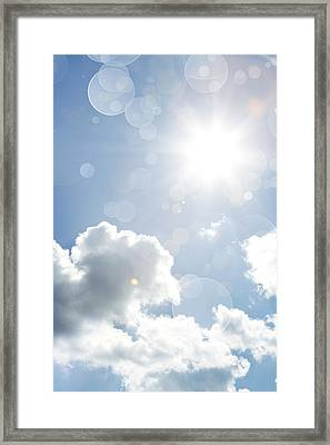 Sunny Day Framed Print by Les Cunliffe