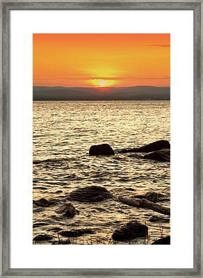 Sunset On The Beach Framed Print by Alexander Mendoza