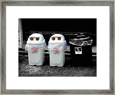 Selective Coloring Framed Print featuring the photograph Take Us To Your Leader by Roberto Alamino