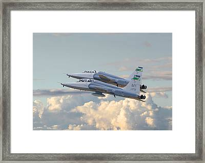 Talon T38 - Supersonic Trainer Framed Print by Pat Speirs