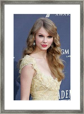 Taylor Swift At Arrivals For Academy Framed Print by Everett