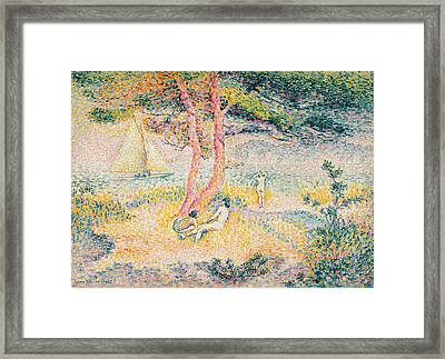 The Beach At St Clair Framed Print by Henri-Edmond Cross