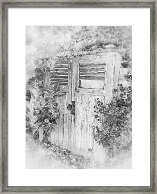 The Beauty Of Old Age Framed Print by Connie Handscomb
